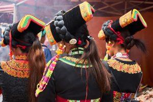 Shaxi Shibaoshan singing festival - Yi minority girls - Old Theatre Inn Yunnan tours - Shaxi Yunnan China